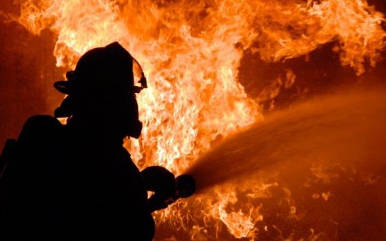 Пожар в селе Жеребково. Мужчина получил ожоги лица и рук «фото»
