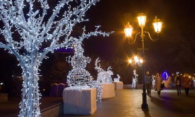 На Приморском бульваре открылась ярмарка для любителей глинтвейна (фото) «фото»