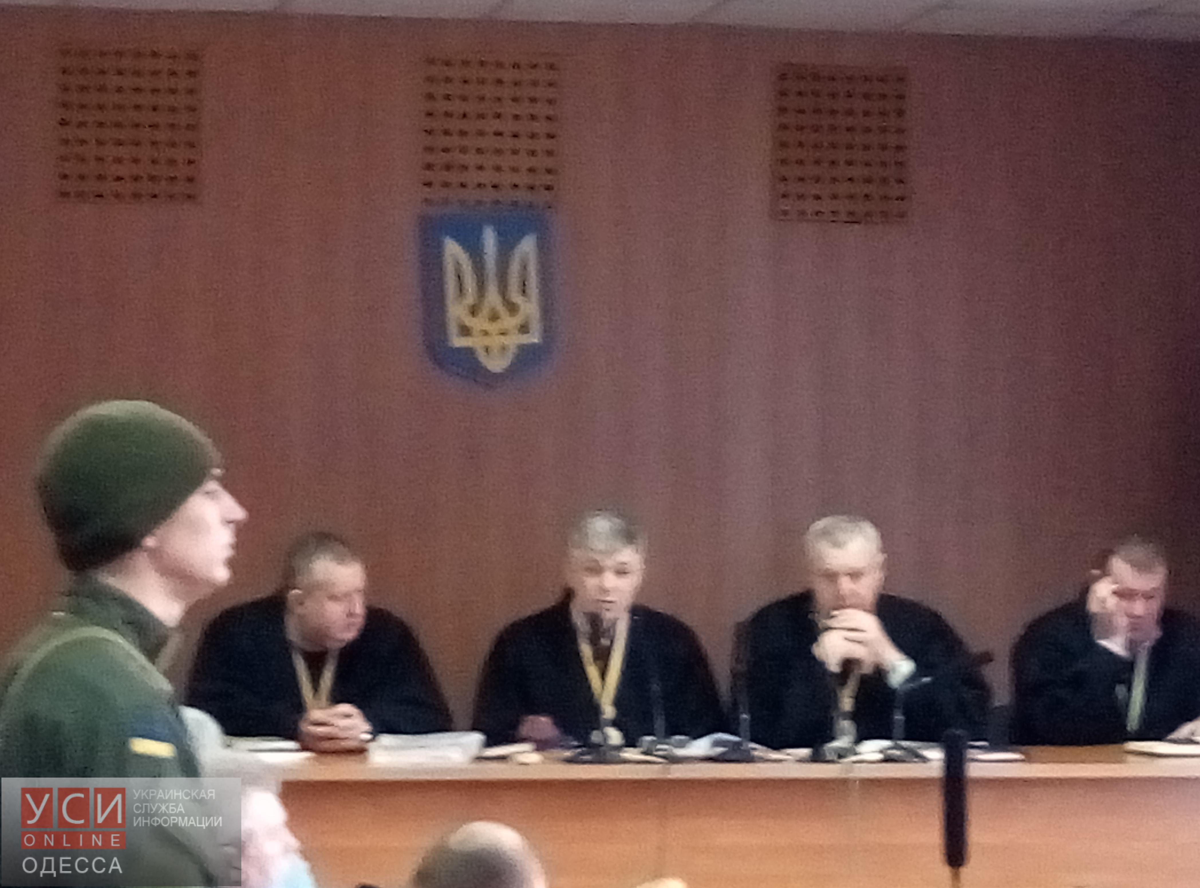 Заседание суда по делу 2 мая перенесли на завтра (фото)
