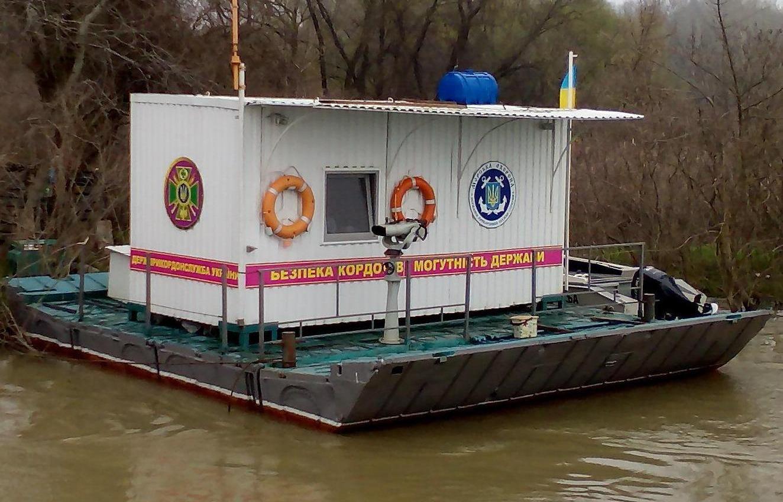 На Дунае выставили мобильные погранпосты на плавучих платформах (видео) «фото»