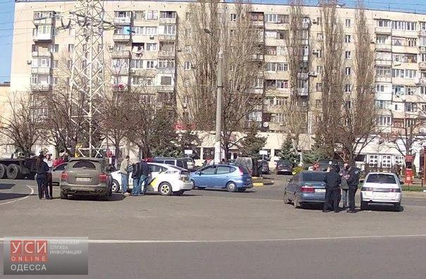 Полицейские устроили разгон «автохамов» на Таирова «фото»