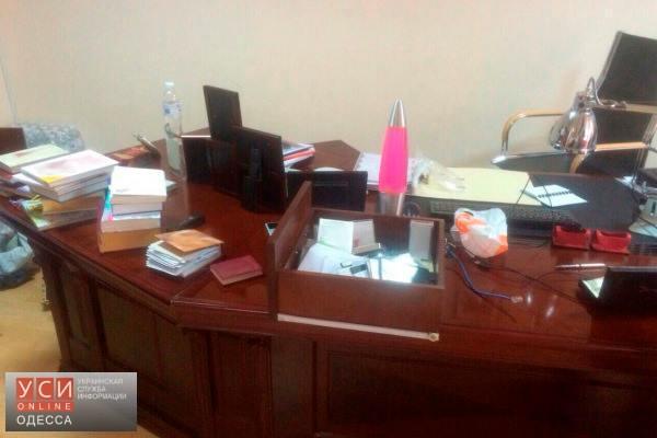 Офис Бориса Крука ограбили при обыске, — жена задержанного «пособника Пшонки» рассказала подробности «фото»