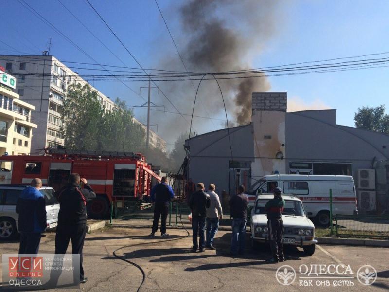 ВОдессе наТаирова взрыв: рванул газ вресторане, ранен человек