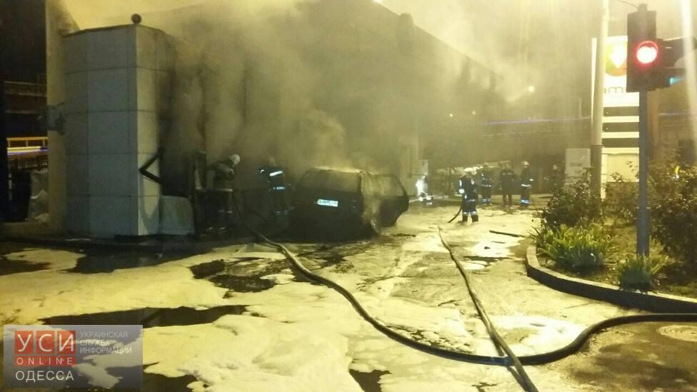 ВОдессе машина въехала вАЗС испровоцировала два взрыва
