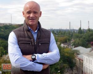 Кернес задекларировал, что получает 11 миллионов от компании, которая выполняет многие заказы горсовета Харькова - Цензор.НЕТ 8770