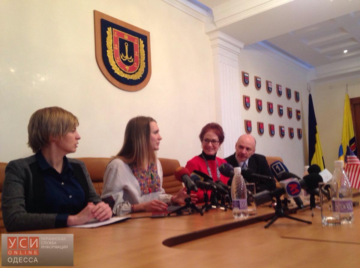 США довольны развитием одесского региона, – чрезвычайный посол (фото)