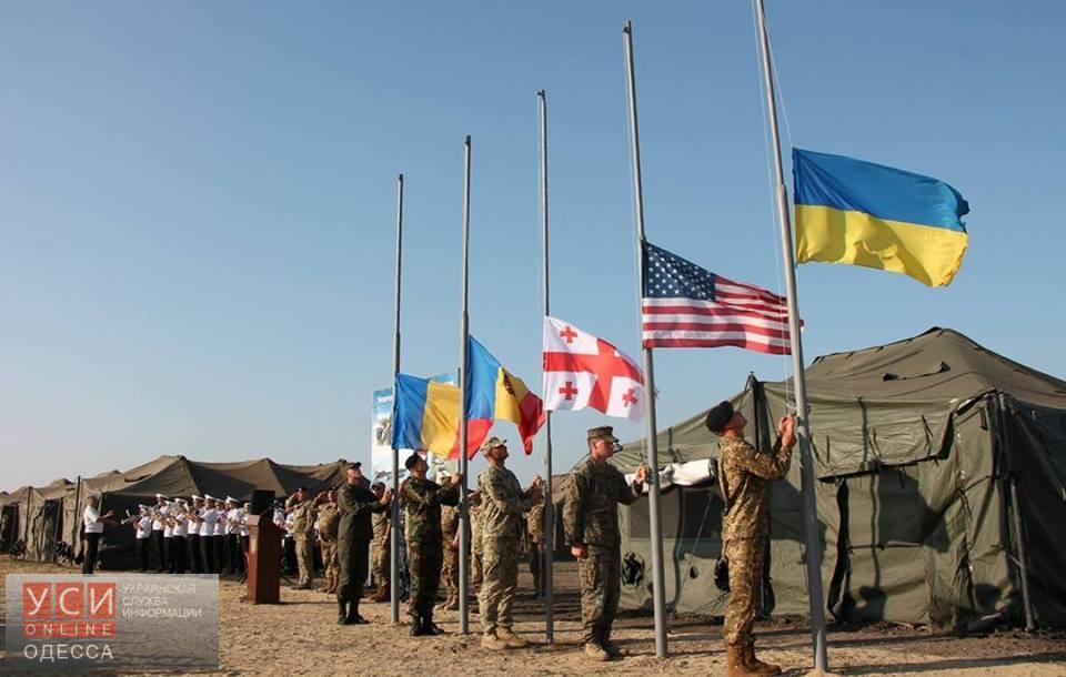 Порошенко разрешил ввод войск НАТО наУкраину