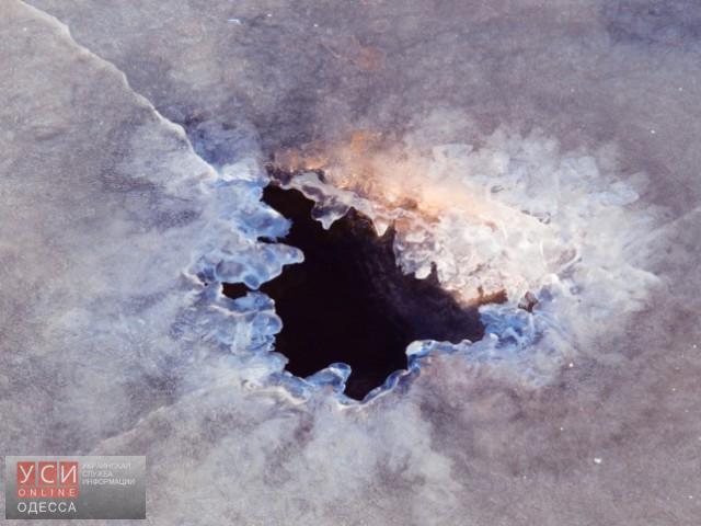 Cотрудники экстренных служб начали поиски людей, которые провалились под лед вОдесской области