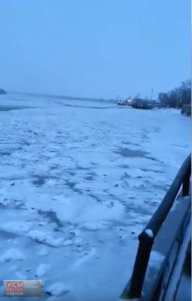 Дунай во льдах: движение флота парализовано (фото)