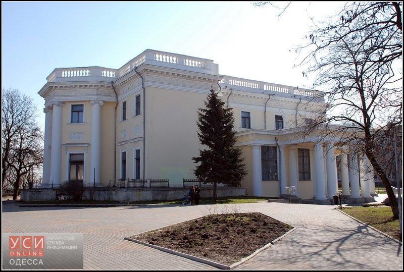 Реставрацией Воронцовского дворца займется фирма, подозреваемая в крупных махинациях