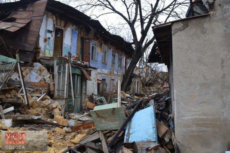 Из полуразрушенного дома на Пишоновской выселят жильцов