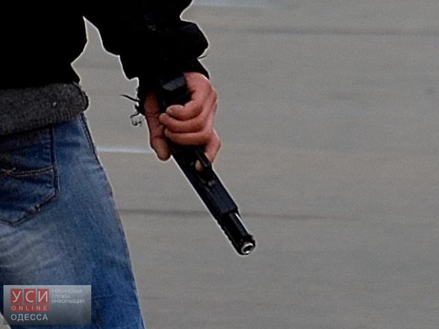Стрельба у супермаркета в Черноморске: пострадал мужчина