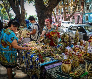 В Одессе православные и греко-католики празднуют Медовый Спас