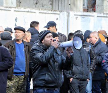 Автодорожники пикетировали одесскую налоговую