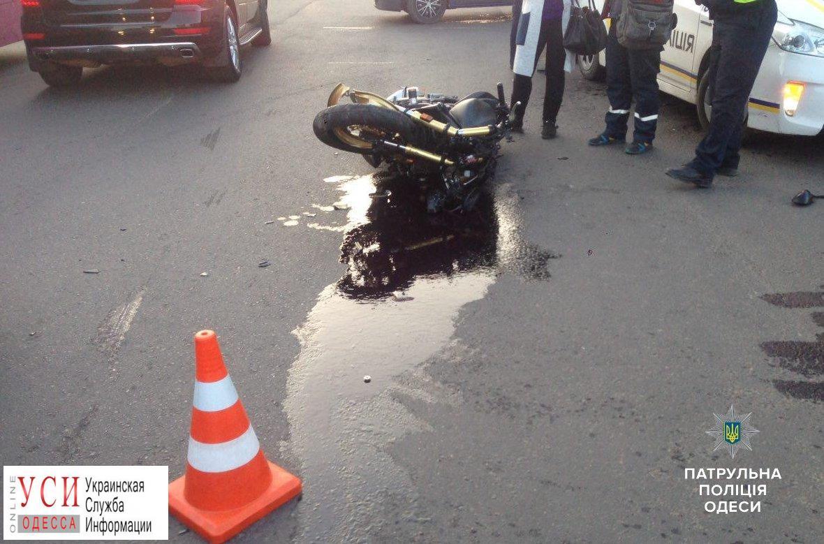 Мотоциклист, которого сбили на поселке Котовского, умер от полученных травм (фото) «фото»