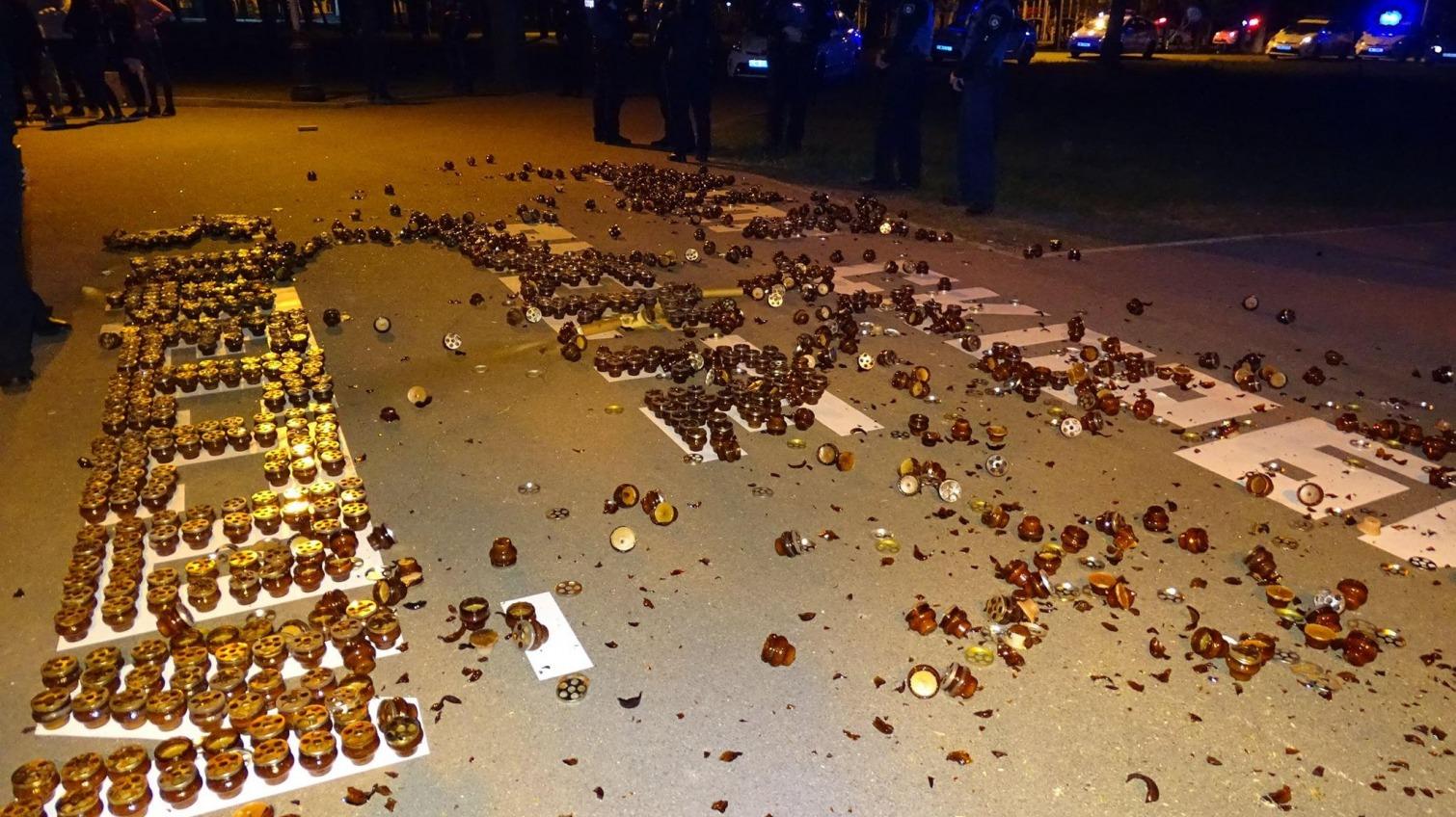 2 мая: активисты в Днепре сорвали поминальную акцию «Оппоблока» (фото) «фото»
