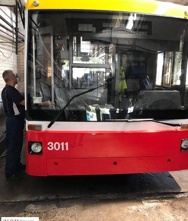 В одесских троллейбусах заработают кондиционеры «фото»