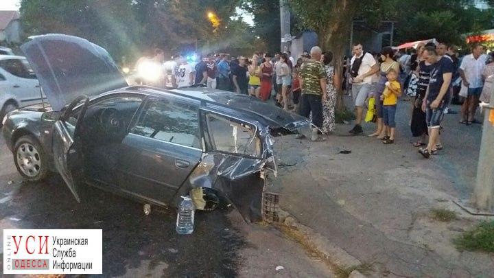 Авария на поселке Котовского: машину разорвало пополам «фото»