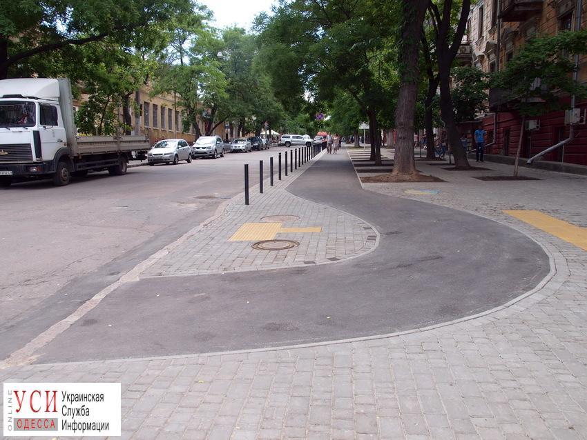В Одессе завершилось строительство первой велодорожки (фото) «фото»