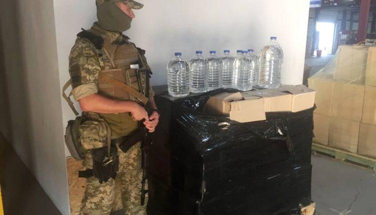 В Одессе изъяли тысячу литров нелегального спирта (фото)