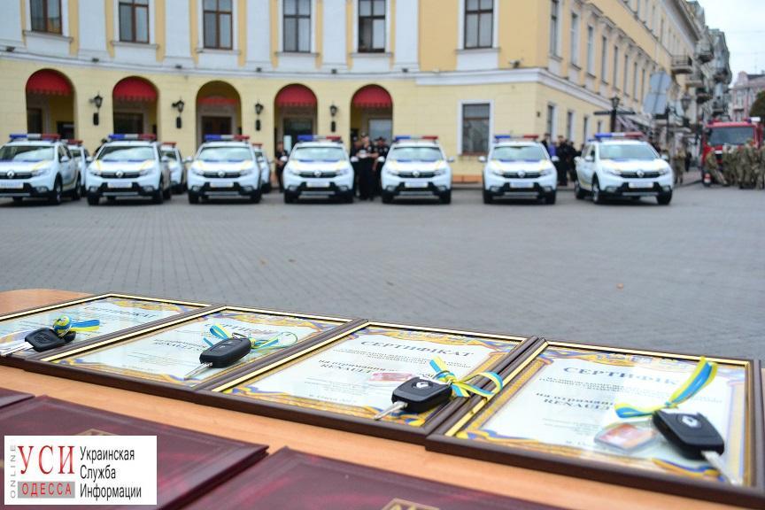 Одесские полицейские пересядут на «Renault Sandero» и «Mitsubishi Outlander» (фото) «фото»