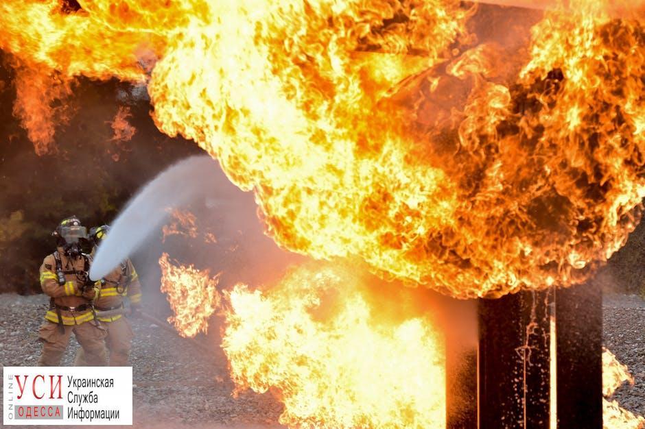 Ночью в Одессе горели четыре автомобиля «фото»