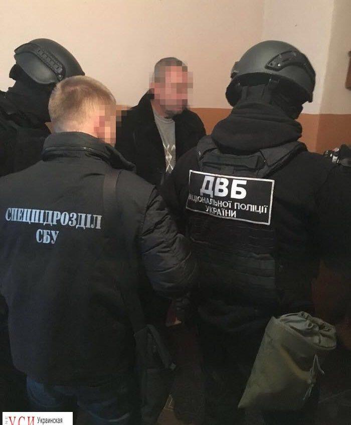 В Одесской области на взятке задержали полицейских-вымогателей (фото) «фото»