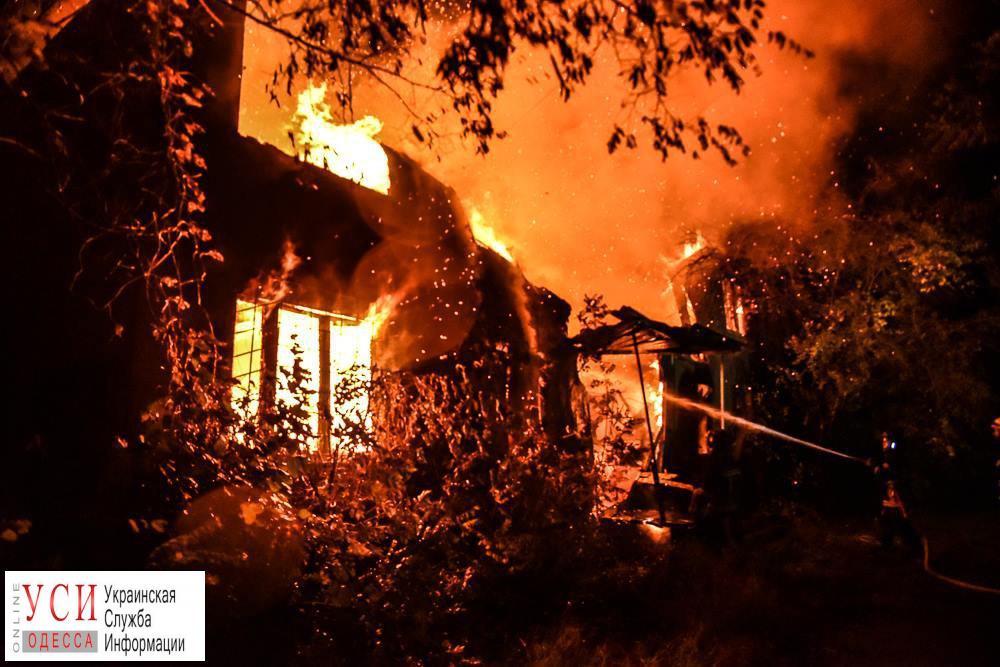 Красное зарево над «Красными зорями»: пожар, как это было (фоторепортаж) «фото»