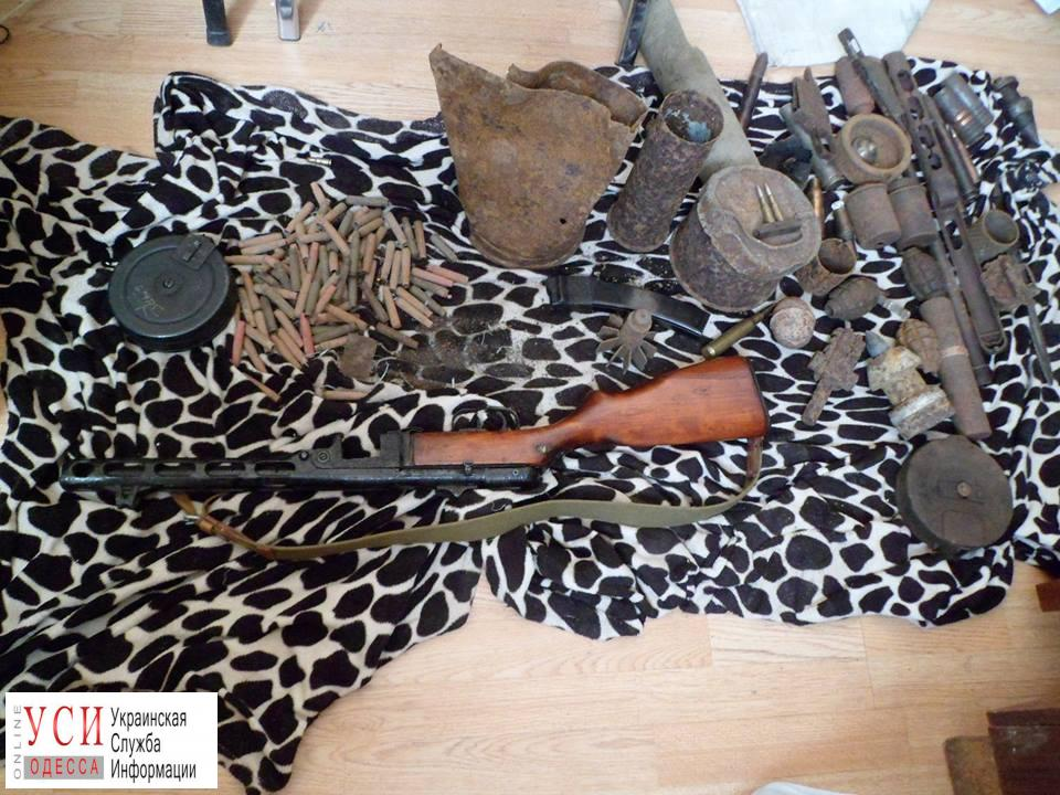 Местный житель нашел в лесу оружие и боеприпасы (фото) «фото»