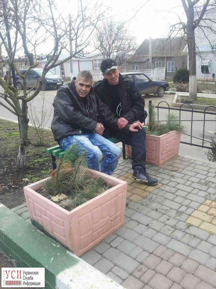 Вандали спиляли пам'ятник В'ячеславу Чорноволу в його садибі-музеї на Черкащині - Цензор.НЕТ 2781