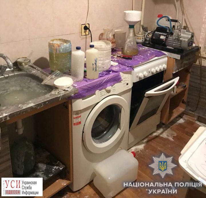 Правоохранители обнаружили в доме одессита целую нарколабораторию (фото) «фото»