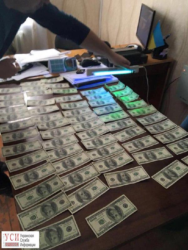 Глава сельсовета из Татарбуранского района попался на взятке в 8 тысяч долларов (фото) «фото»