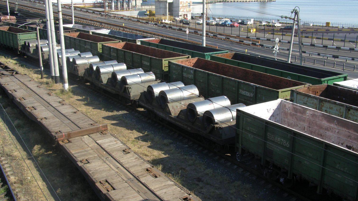 Немецкие железнодорожники модернизируют пути в Одесском порту «фото»