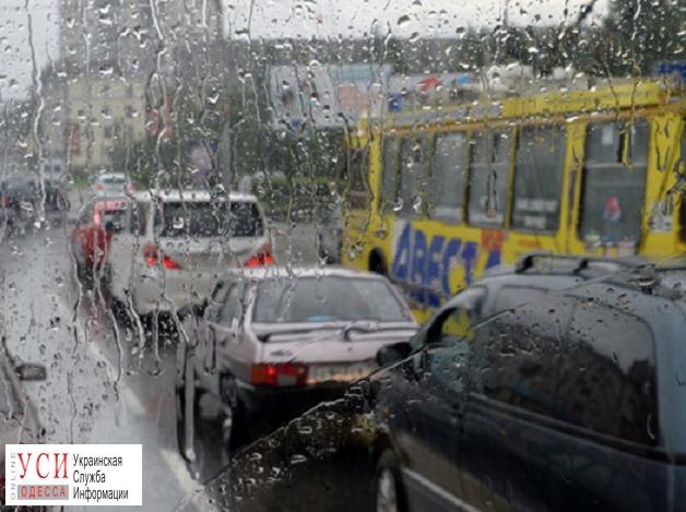 В Одессе из-за непогоды образовались пробки «фото»