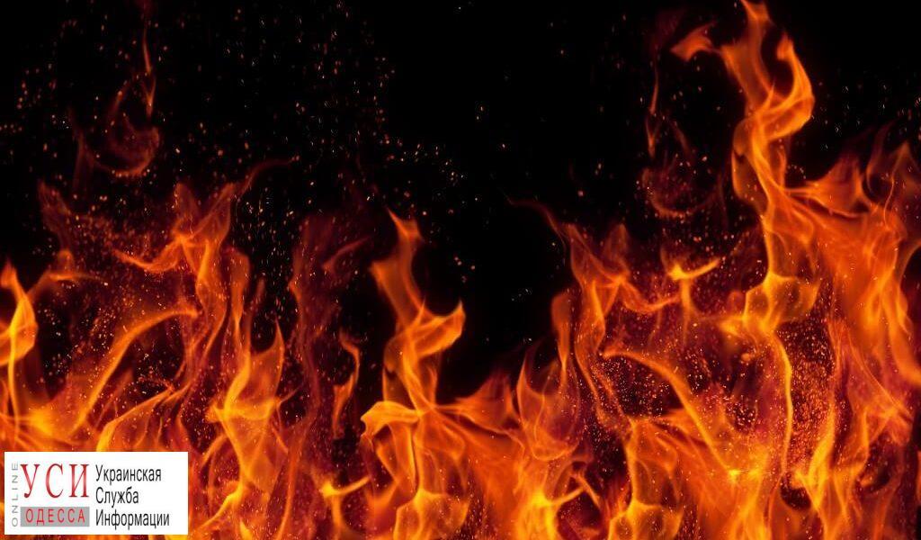 На Сахарова загорелись две припаркованные машины «фото»