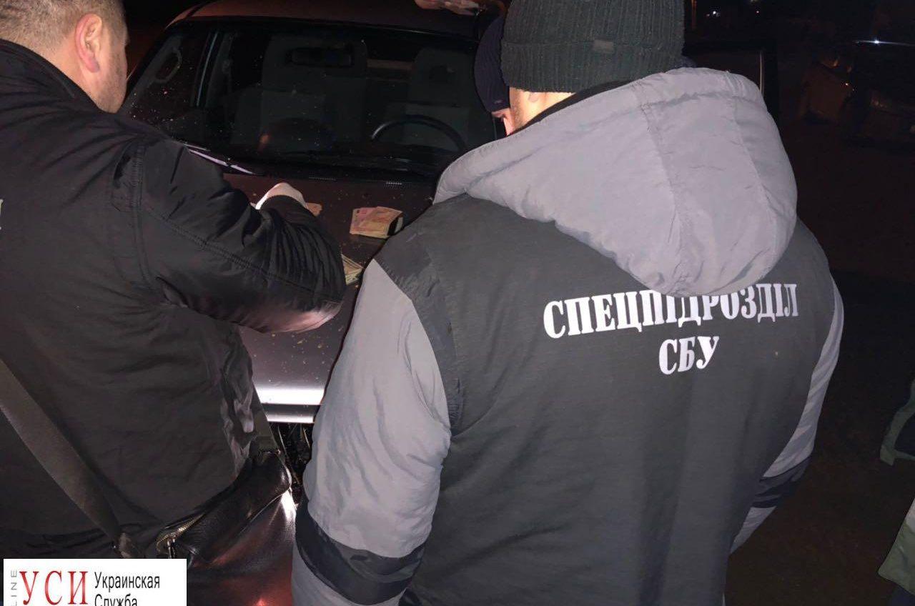 СБУ задержала главу сельсовета в Одесской области при получении взятки (фото) «фото»