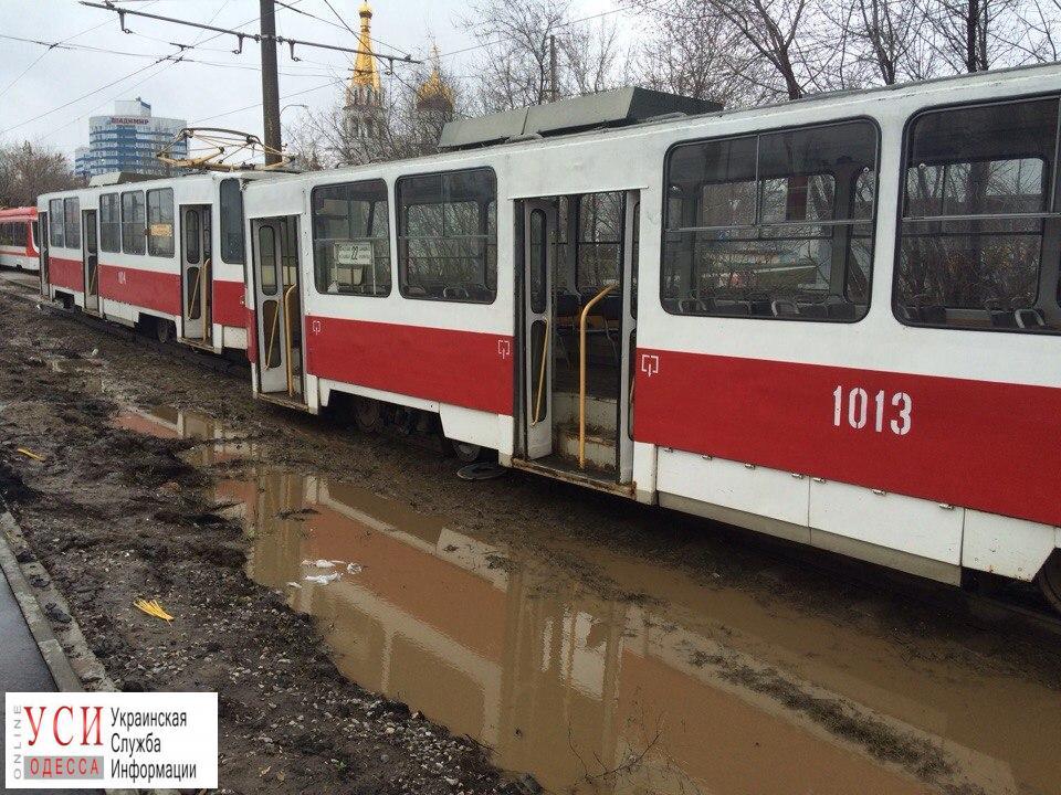 Из-за дождя прекратил работу «камышовый трамвай» «фото»