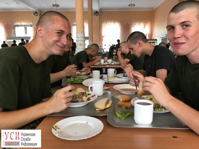 В Одесской военной академии ввели День национальной кухни: начали с болгарской (фото) «фото»