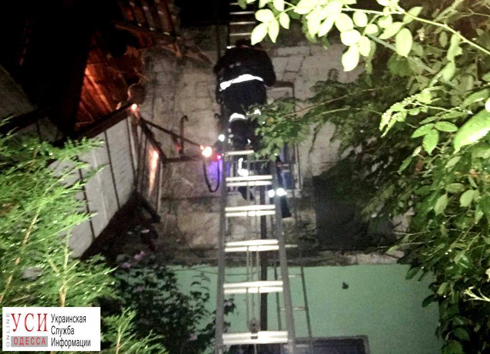 На Молдаванке ночью горел жилой дом из-за неисправного кондиционера «фото»