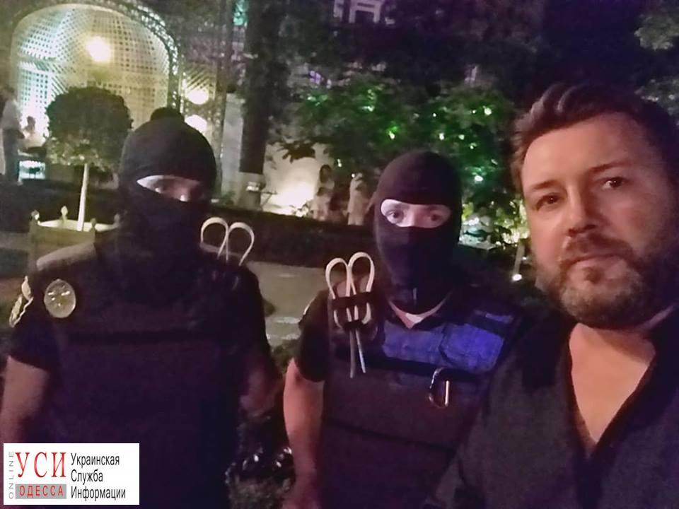 Вечеринка в стиле Playboy закончилась приездом полиции: в одесском ресторане играли в покер «фото»