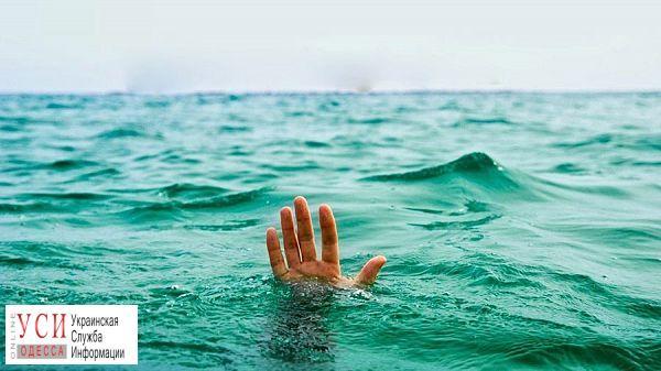 На пляже возле Рыбпорта погибла женщина, которая спасла своего ребенка «фото»