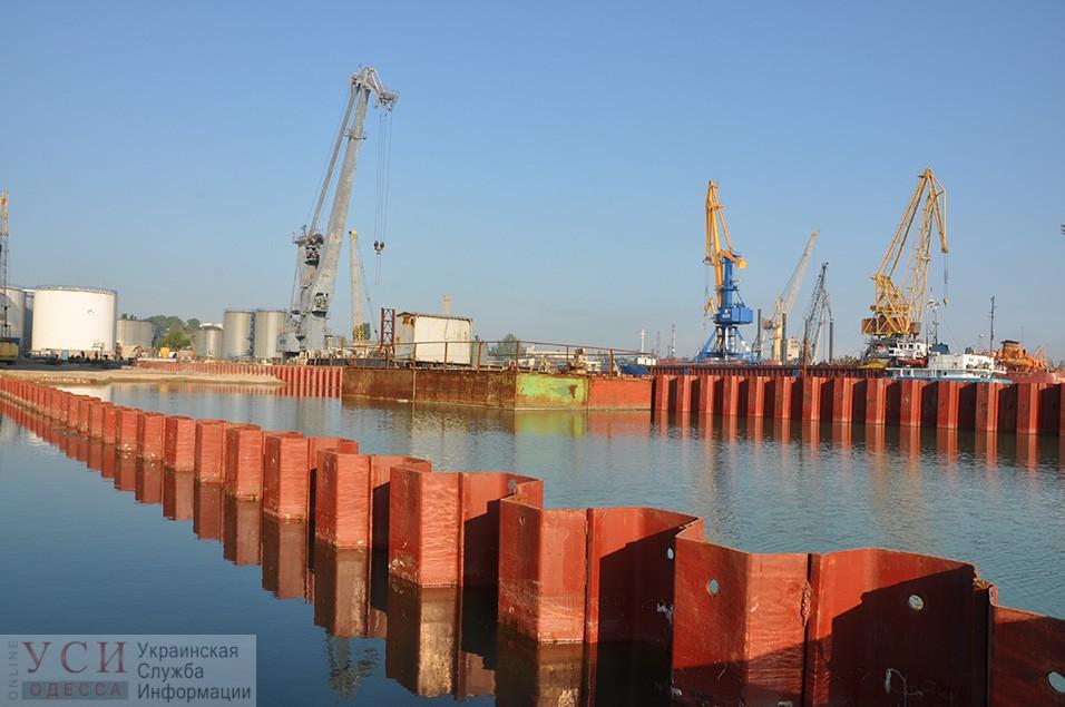 В Одесском порту опережают график строительства причала-долгостроя «фото»
