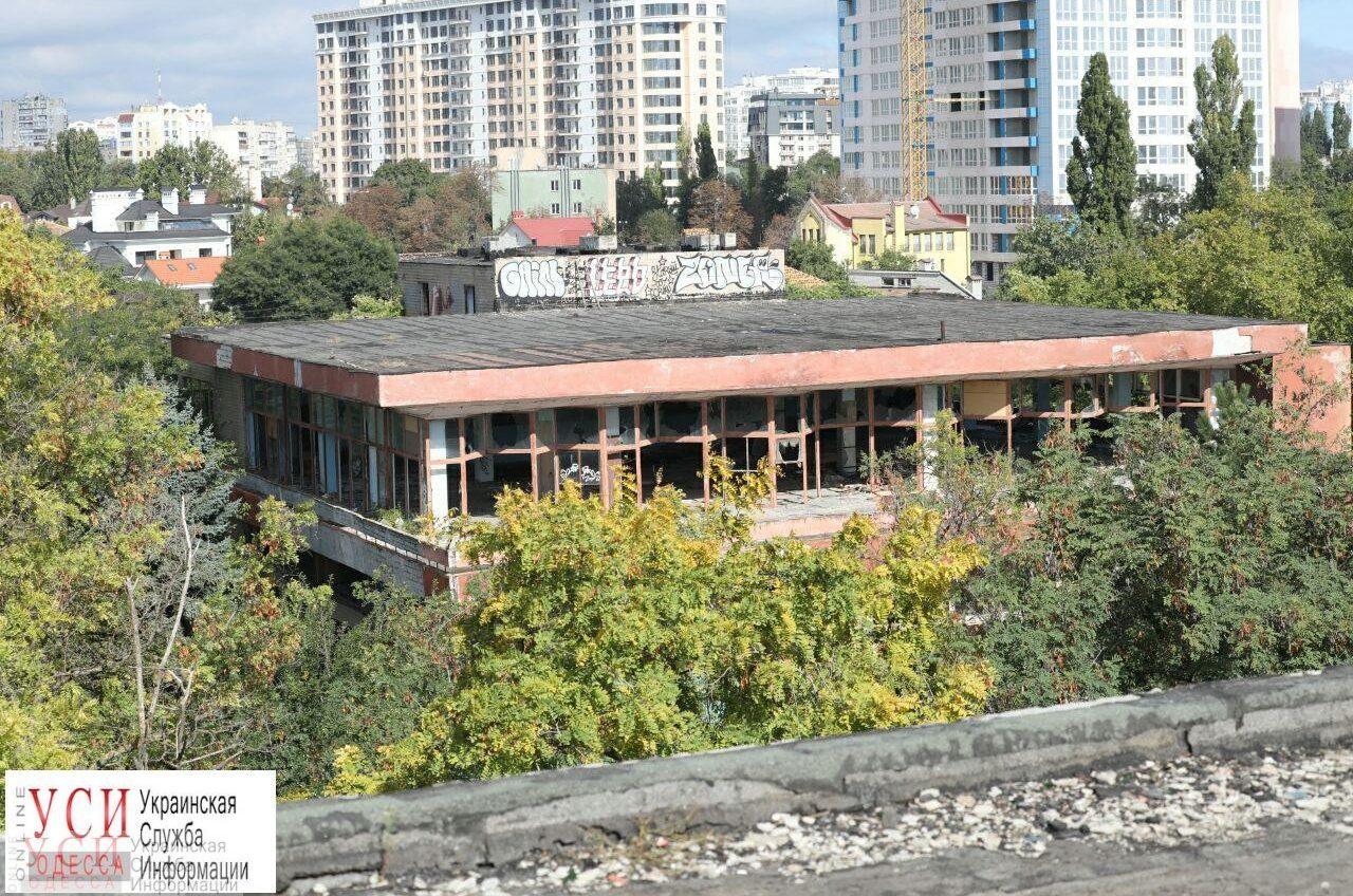 Судьба санатория «Красные зори»: здания на его территории хотят сделать памятником архитектуры (трансляция) «фото»