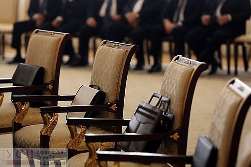 В Одесском облсовете появятся новые чиновники: юрист, бухгалтер и антикоррупционер «фото»