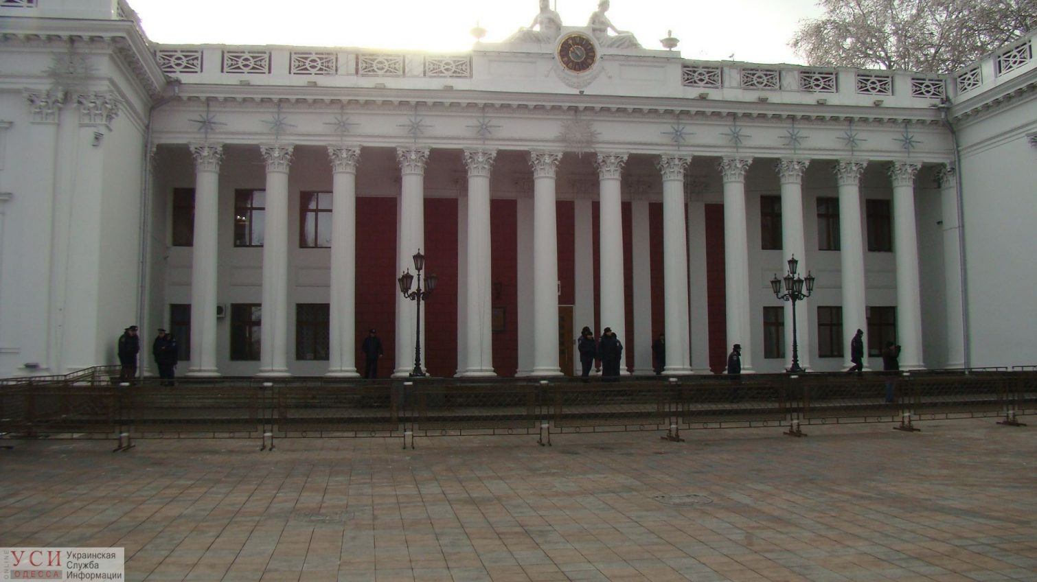В Одессе половина депутатов скрывают свою семью, работу и даже партийность «фото»