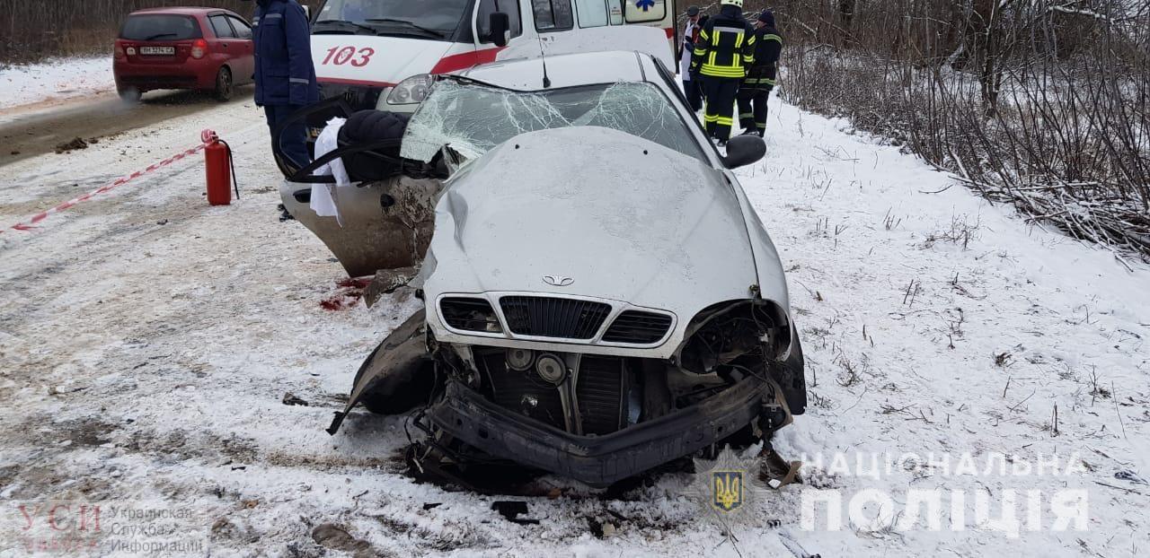 Смертельное ДТП: в Одесской области водитель не справился с управлением и вылетел на встречную полосу (фото) «фото»