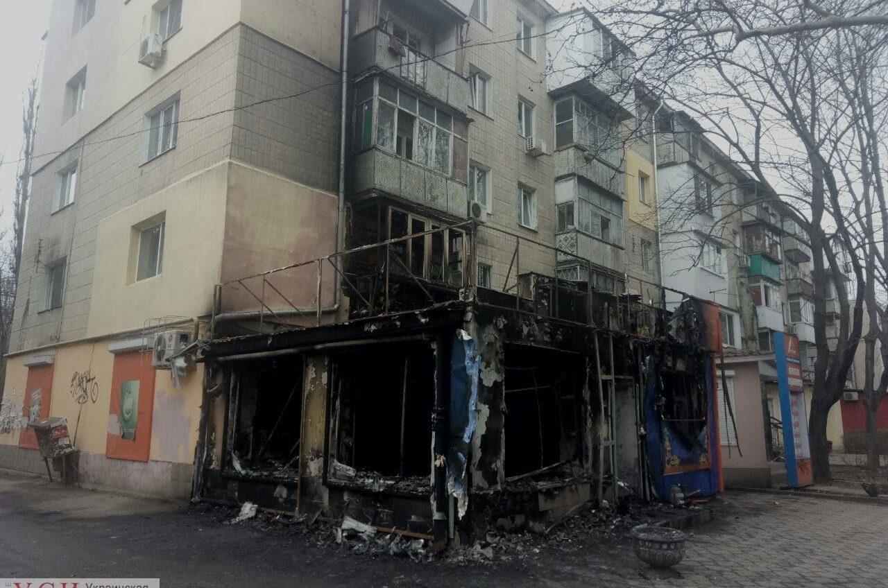 Полиция объявила в розыск поджигателей Лото маркета на Филатова «фото»
