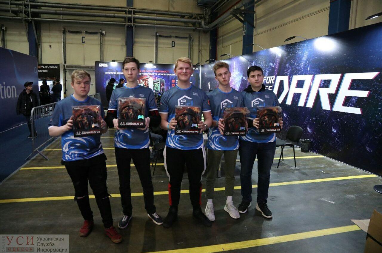 Одесские киберспортсмены заняли 1-е место на турнире по Dota 2 в Киеве (фото) «фото»