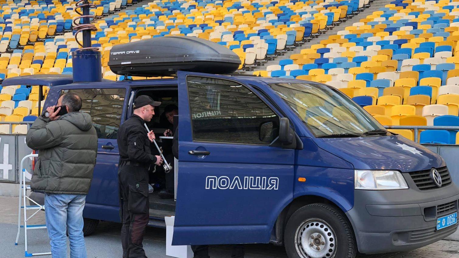 «Олимпийский» готовят к дебатам: полиция прибыла на место для обеспечения безопасности (фото) «фото»