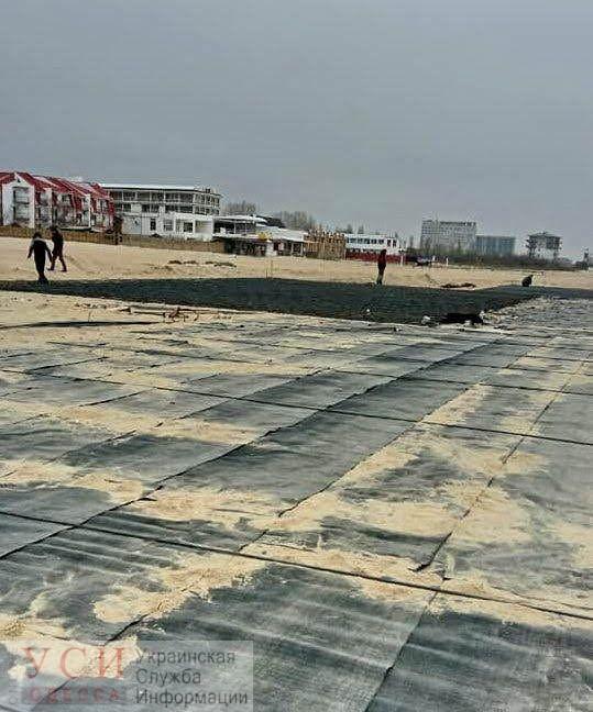 В Затоке хотят закатать огромный кусок пляжа в бетон: местные жители готовят акции протеста и коллективный иск в суд (фото, видео) «фото»